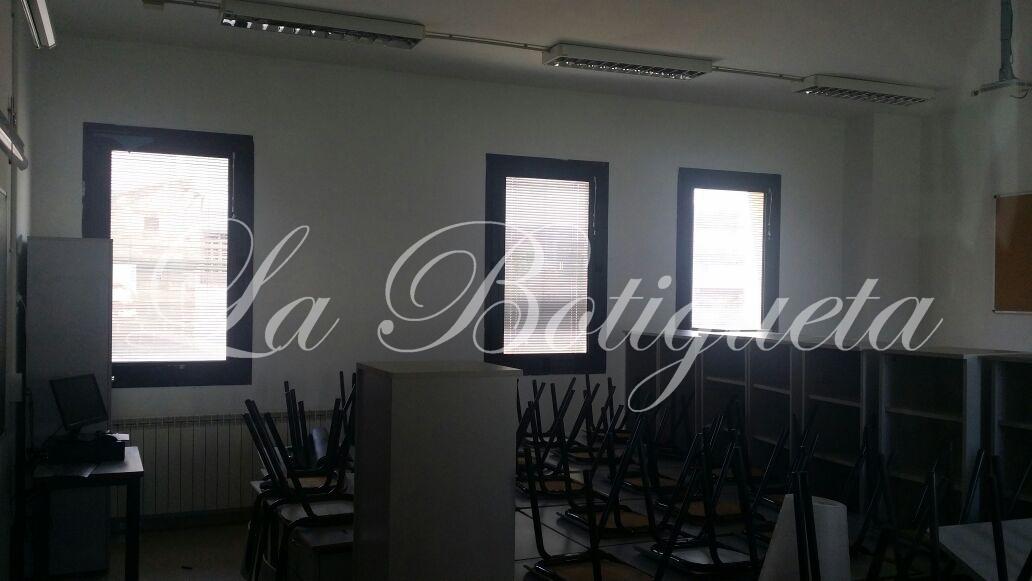 Cortinas venecianas indeformables en Colegio Barcelona
